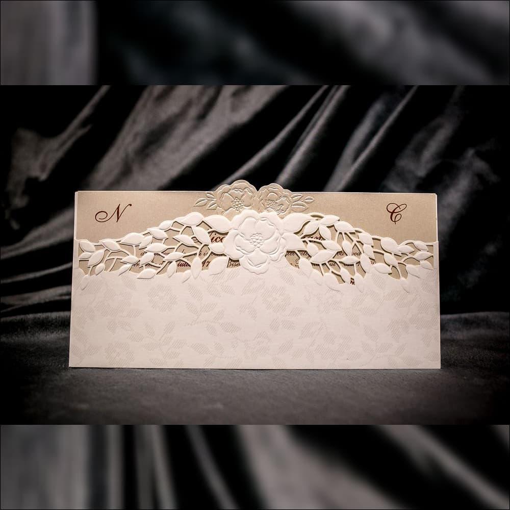 Invitatie de nunta Theresa Floral Emboss cu Frunze Laser Cut